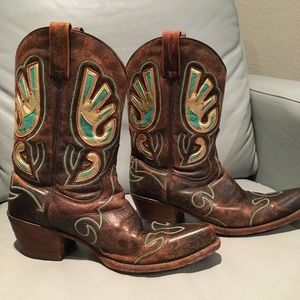 Shoes - Women's cowboy boots size 9